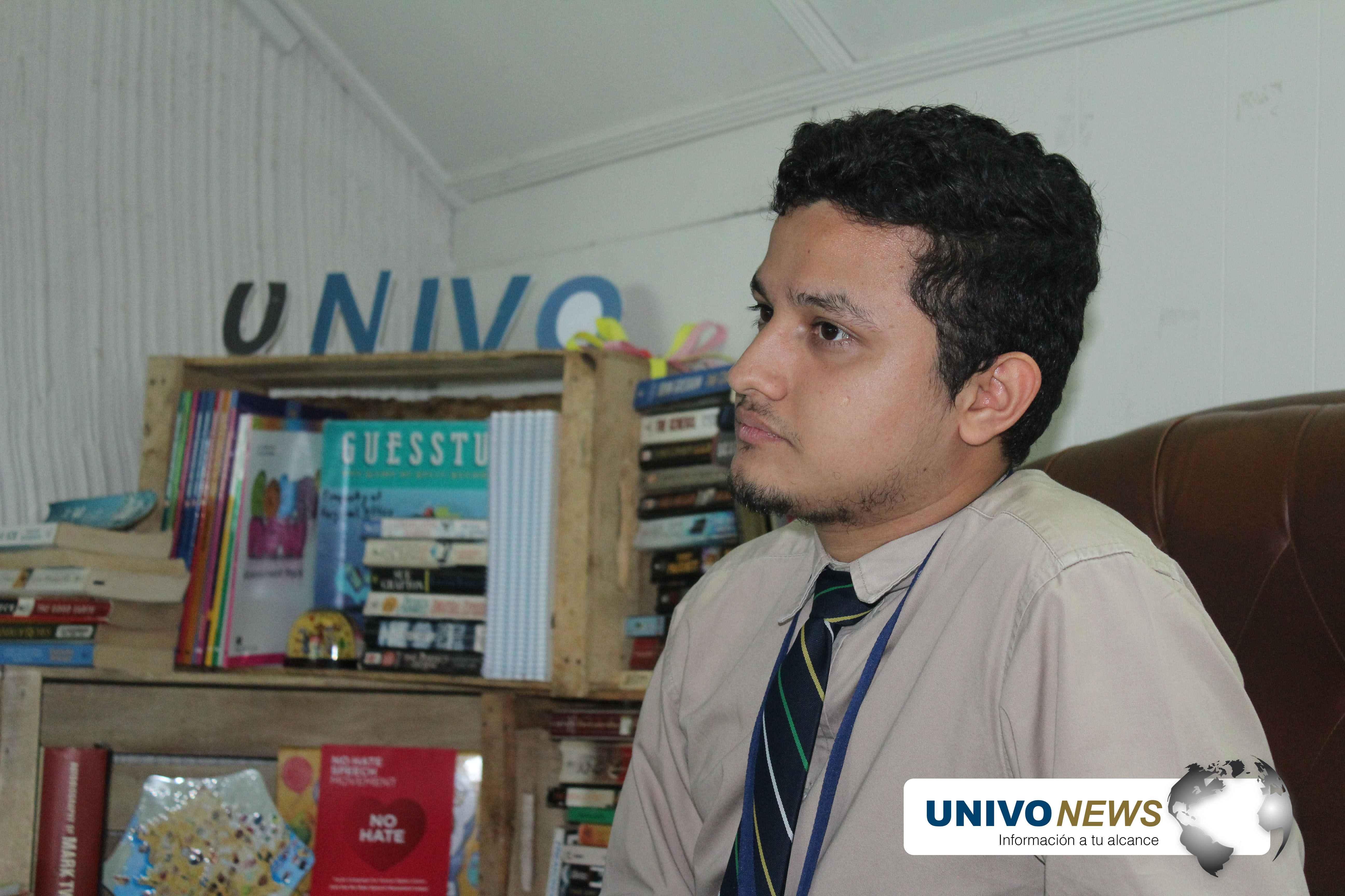 Photo of Joven lidera escuela de idiomas UNIVO