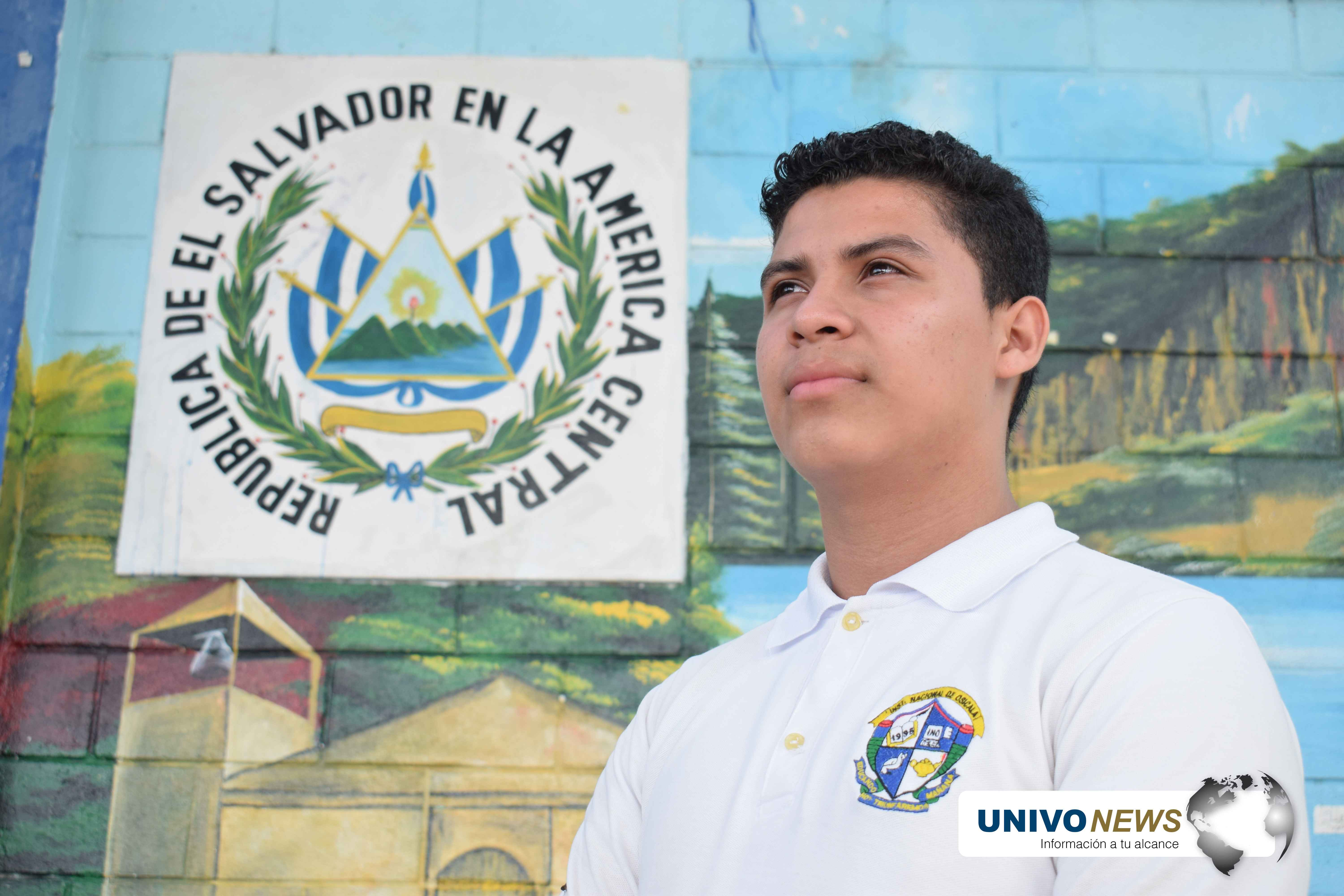 Photo of Joven de Morazán gana Oratoria a escala nacional