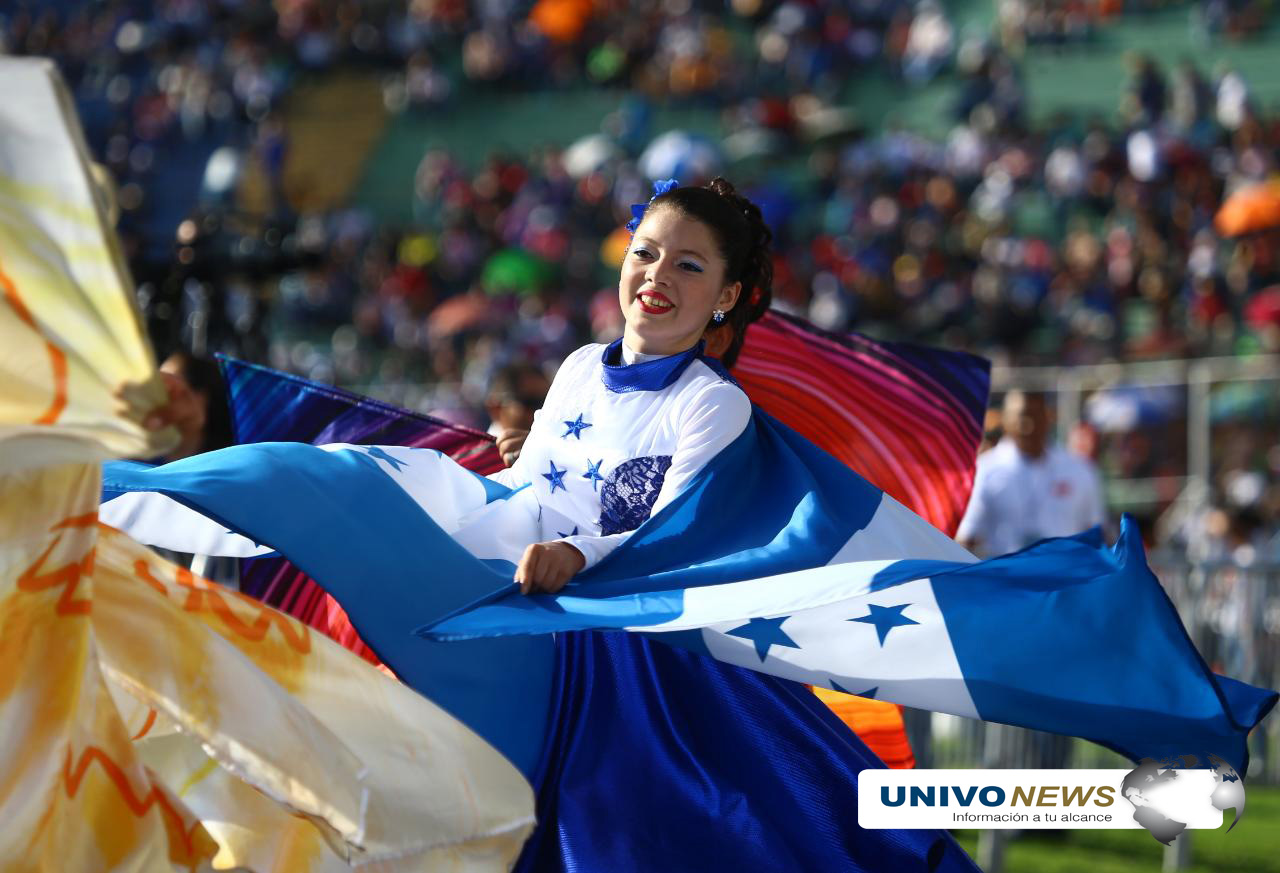 Photo of Colorido desfile en Honduras