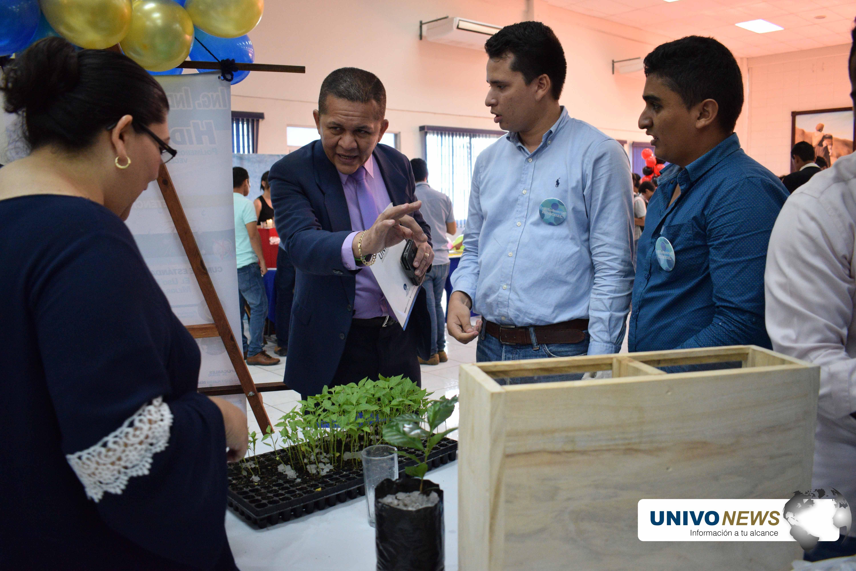 Photo of Estudiantes proponen proyectos innovadores