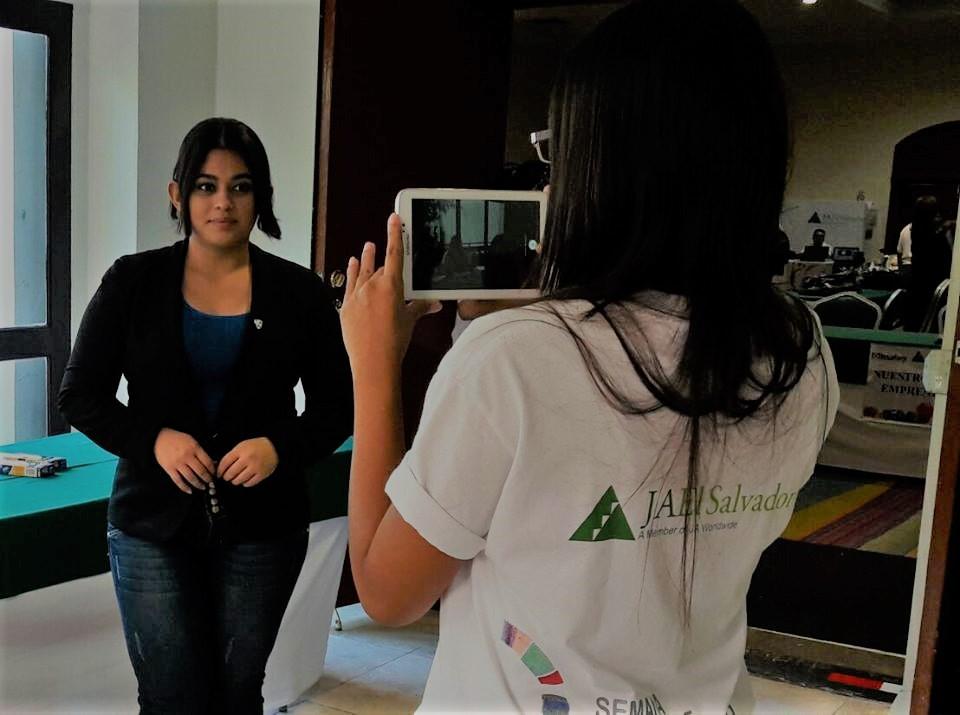 Photo of Estudiantes UNIVO presentadores a escala nacional