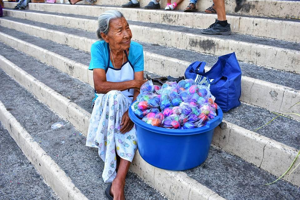 """Photo of La Rosa de los huevos """"Chimbos"""""""