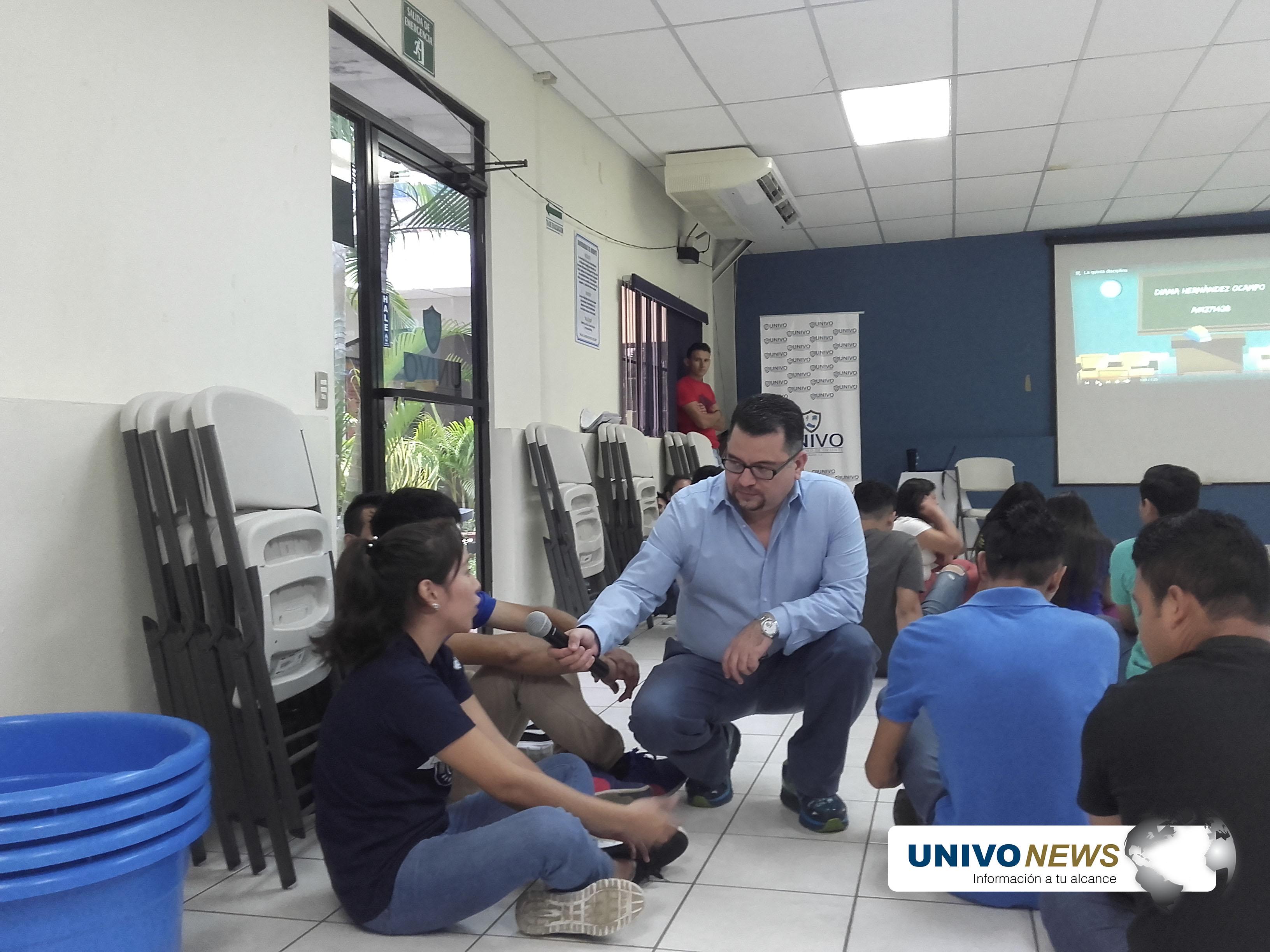 "Photo of UNIVO impartió taller ""MI futuro es ahora"""