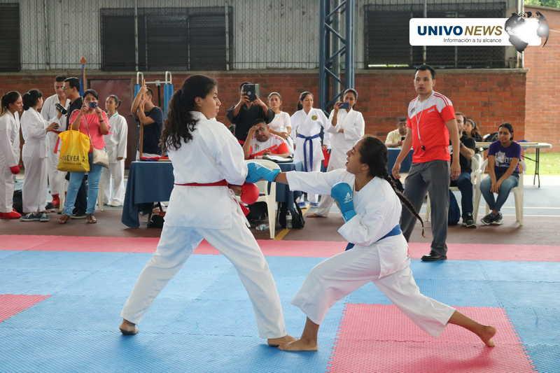 Selección UNIVO entre los mejores de Karate do