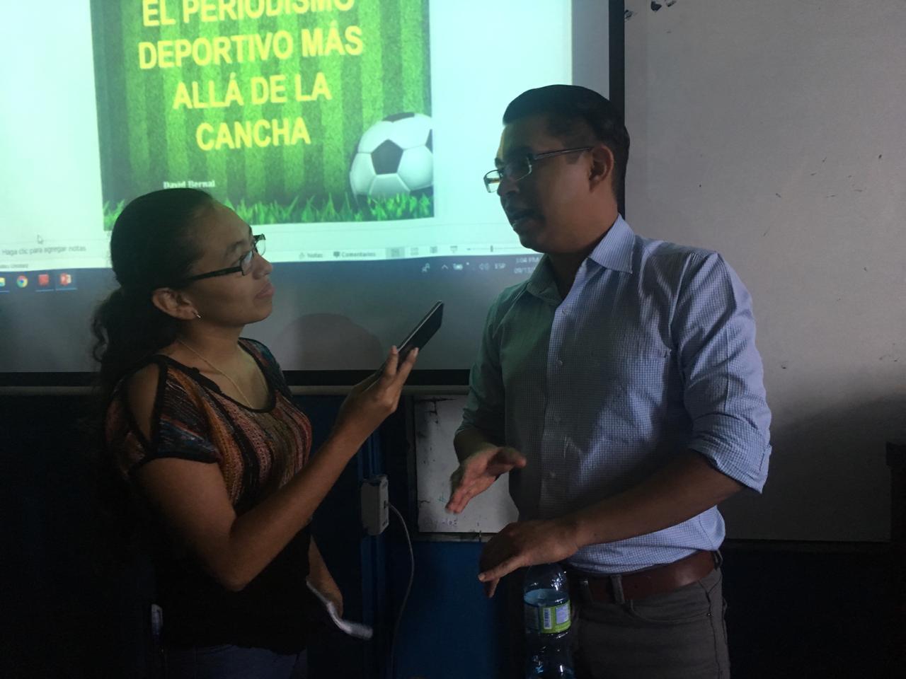 """Photo of """"Los periodistas somos pocos para capacitarnos sobre LAIP"""""""