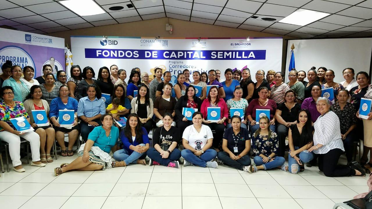 Photo of Mujeres participan para obtener fondos en Empresarialidad