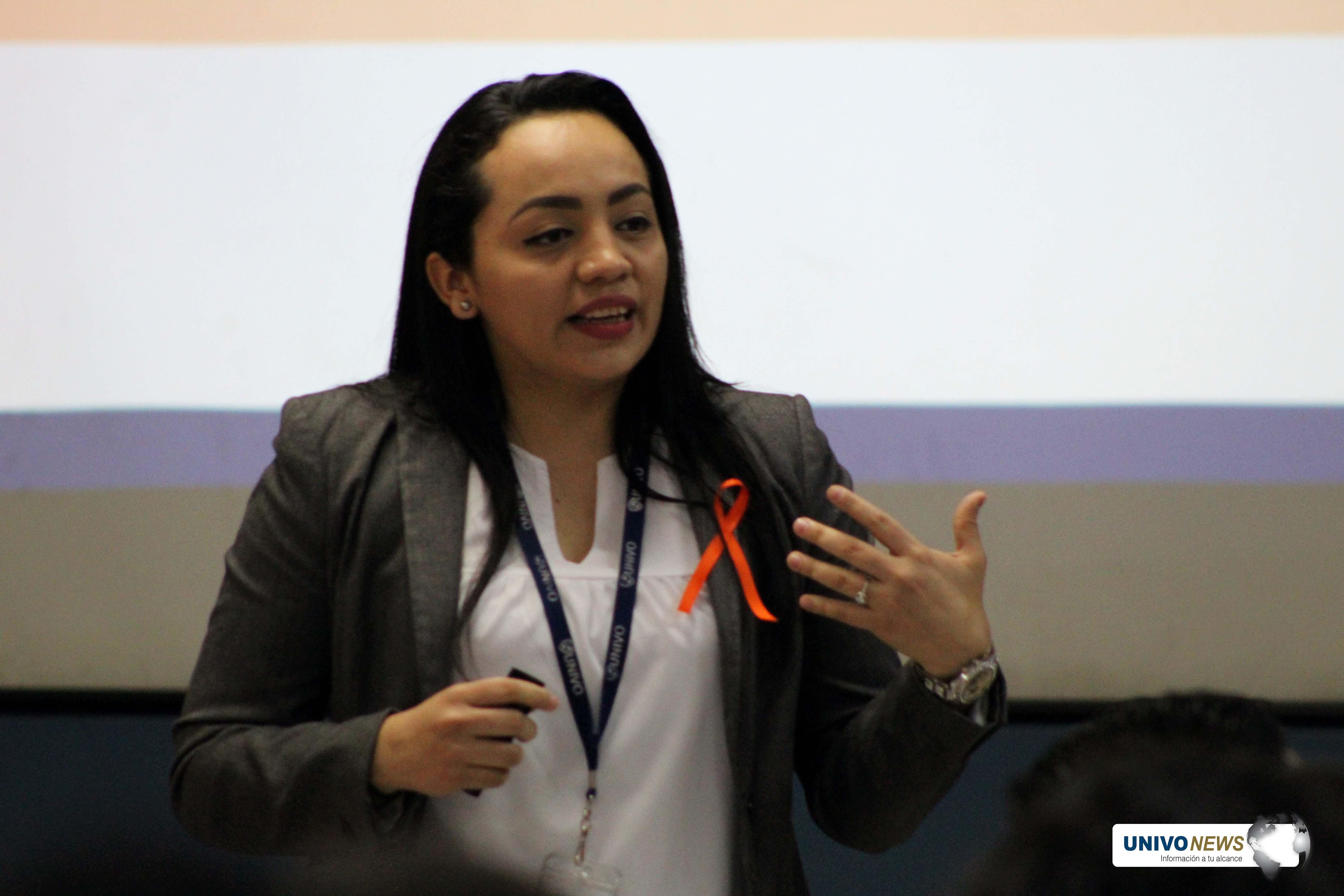 Docente UNIVO participó en encuentro de mujeres líderes