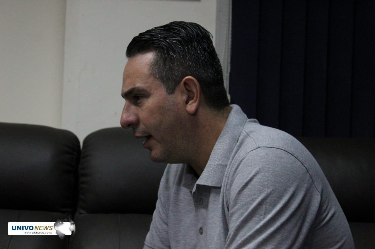 Técnico venezolano asume dirección de Deportes UNIVO