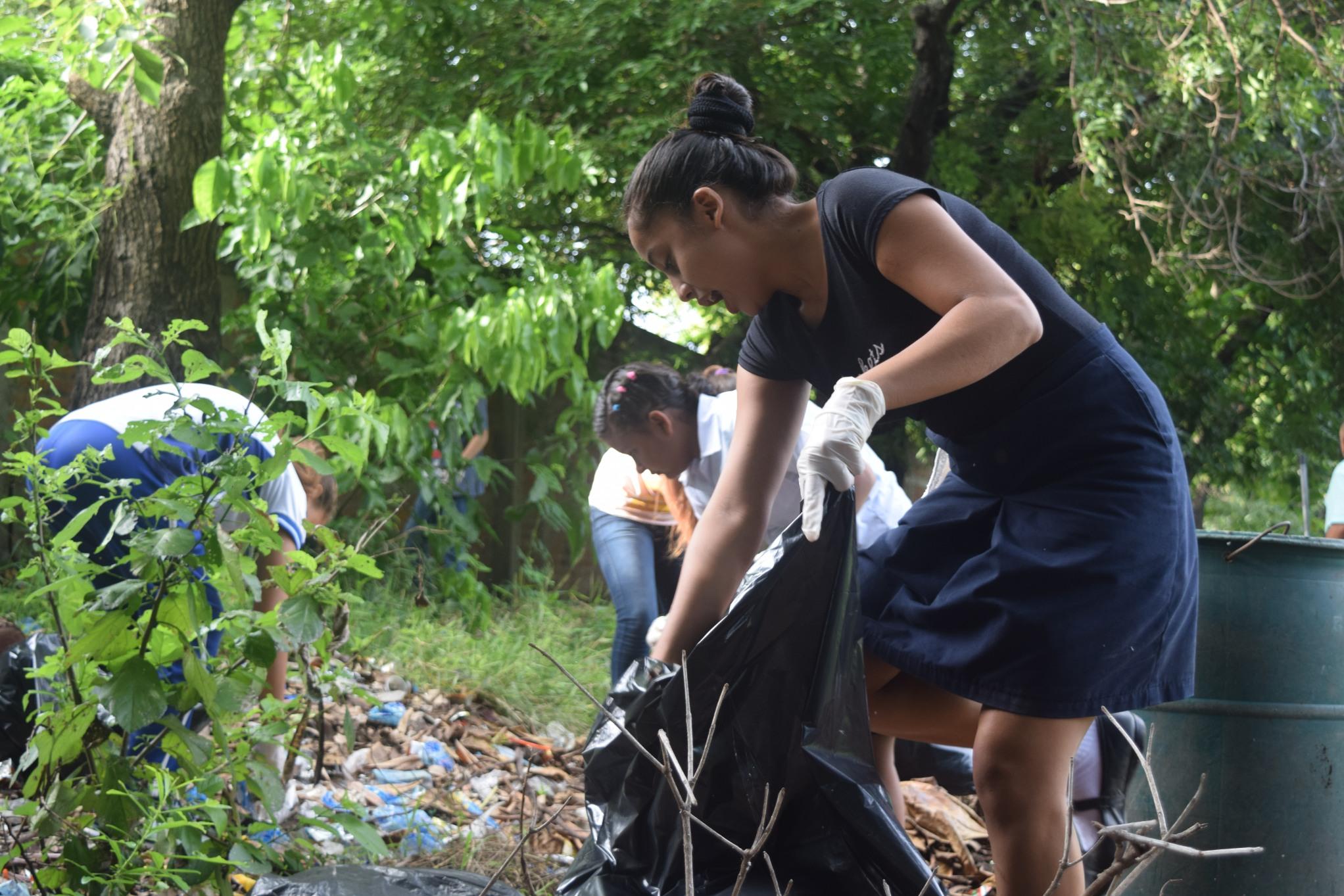 Campaña estudiantil para prevenir chikungunya, dengue y zika
