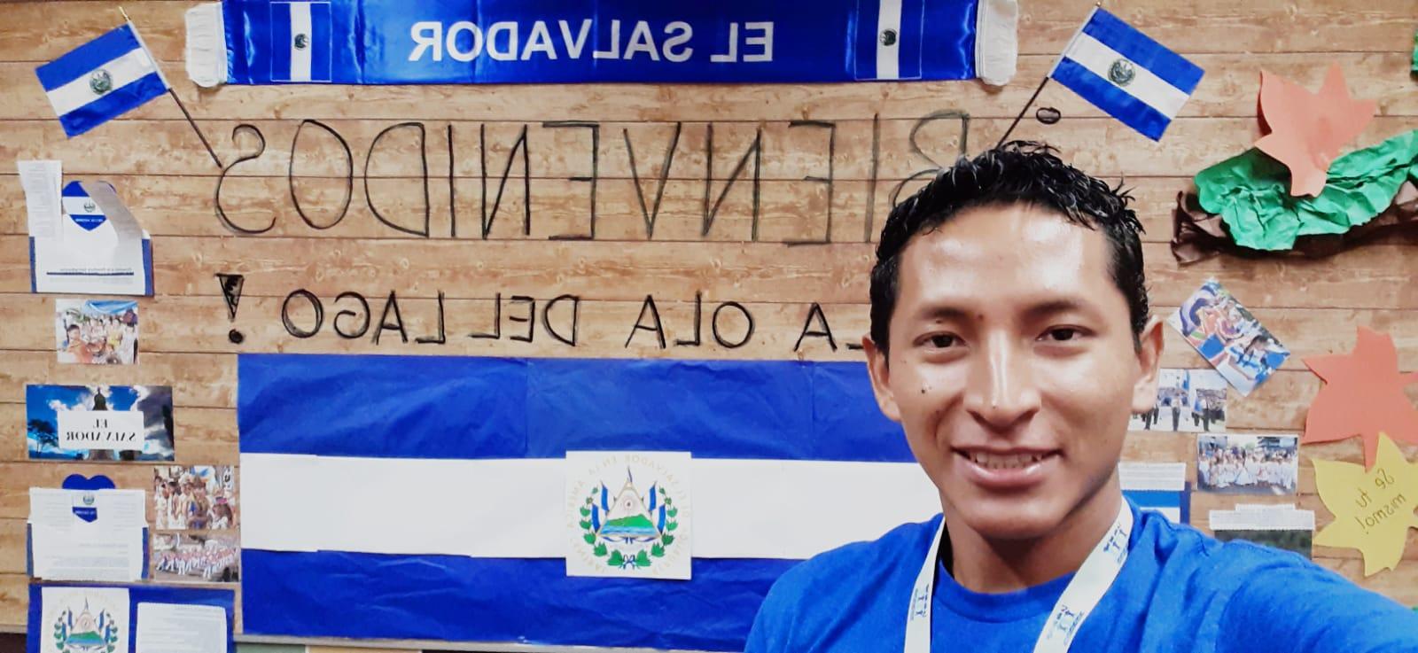 Photo of Pasante UNIVO compartió detalles de El Salvador en Minnesota