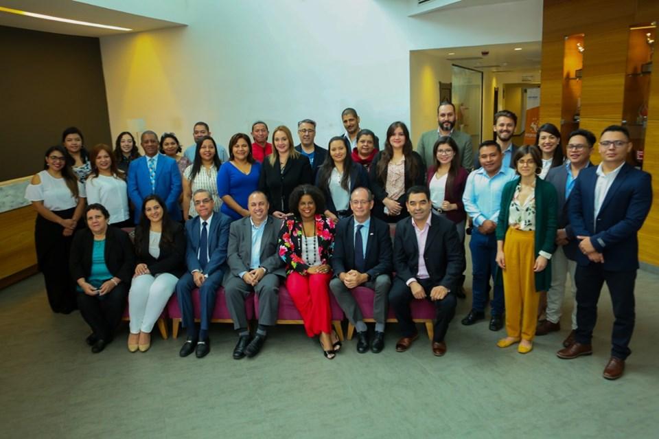Estudiantes UNIVO forman parte de Agencia Regional de Noticias