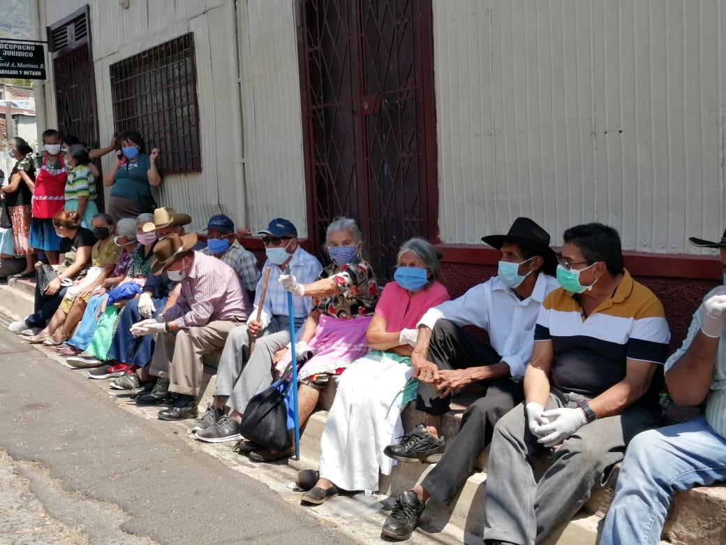 Photo of Entre el covid19 y la necesidad de llevar comida a casa