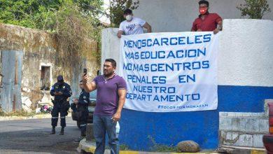 """Photo of """"Estamos cansados de tener un centro penal en el casco urbano"""""""