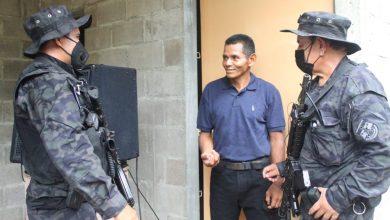 Photo of Agentes de PNC Rural entregan vivienda y ayuda a personas necesitadas
