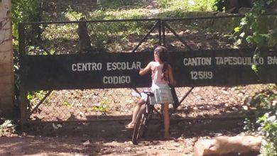 Photo of Tapesquillo Bajo y su escuela deteriorada